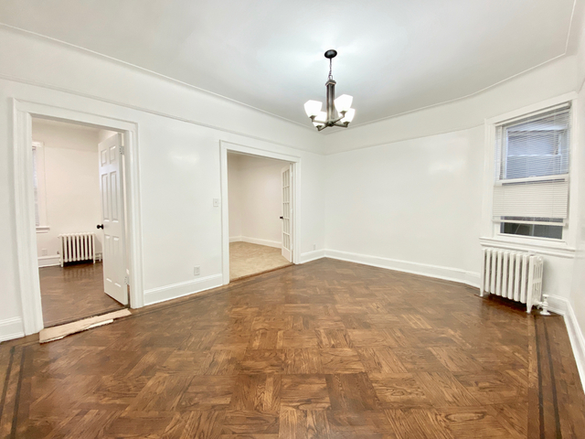 3 Bedrooms, Maspeth Rental in NYC for $2,195 - Photo 1