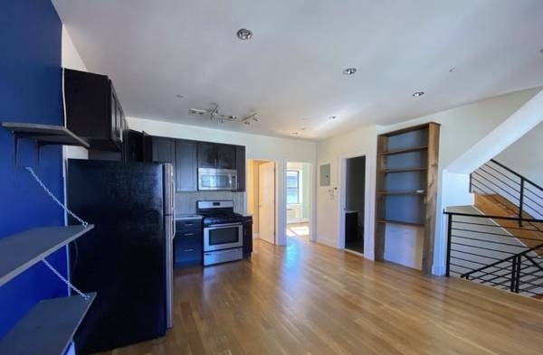 5 Bedrooms, Bushwick Rental in NYC for $3,900 - Photo 1