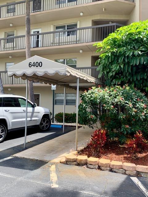 2 Bedrooms, Boca Teeca Condominiums North Rental in Miami, FL for $2,100 - Photo 1