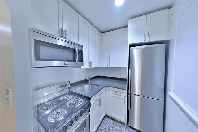 3 Bedrooms, Kips Bay Rental in NYC for $3,483 - Photo 1