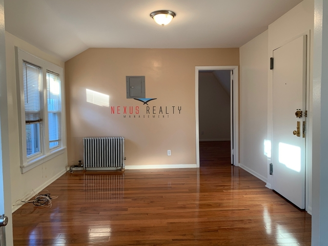 2 Bedrooms, Murray Hill Rental in NYC for $1,750 - Photo 1