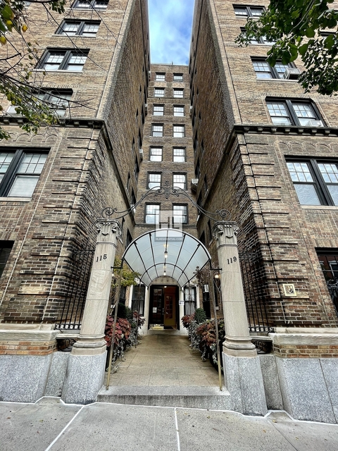 2 Bedrooms, Carnegie Hill Rental in NYC for $5,854 - Photo 1