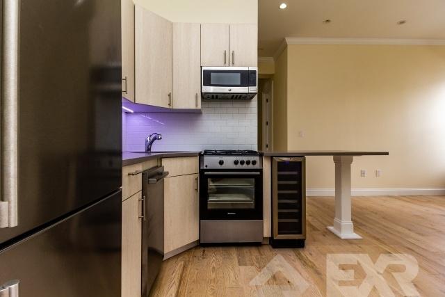 2 Bedrooms, Bushwick Rental in NYC for $2,044 - Photo 1