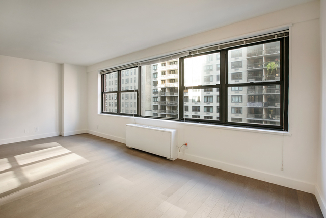 3 Bedrooms, Rose Hill Rental in NYC for $4,095 - Photo 1
