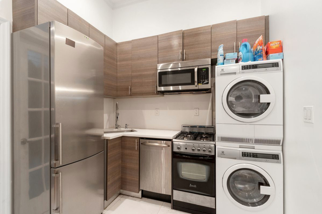 3 Bedrooms, Little Italy Rental in NYC for $4,395 - Photo 1