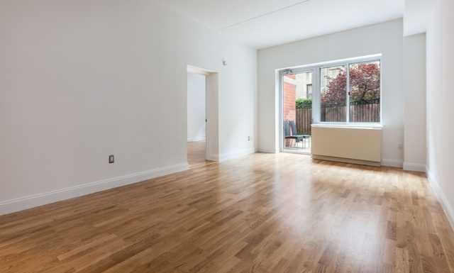 2 Bedrooms, Hell's Kitchen Rental in NYC for $3,404 - Photo 1