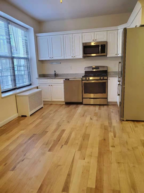 2 Bedrooms, Windsor Terrace Rental in NYC for $2,649 - Photo 1
