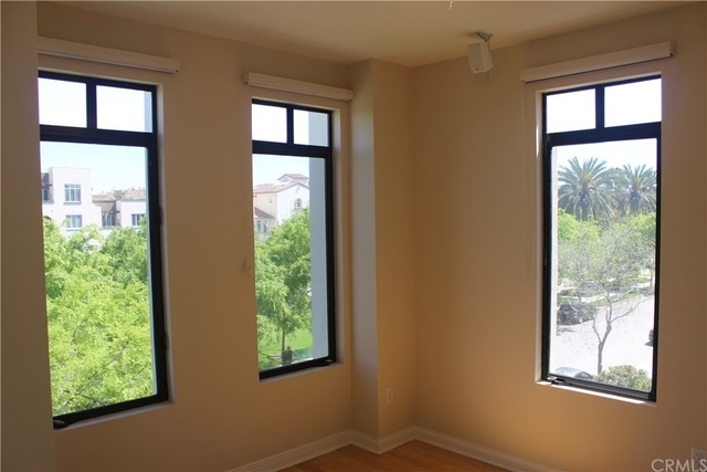 3 Bedrooms, Westchester Rental in Los Angeles, CA for $5,400 - Photo 1