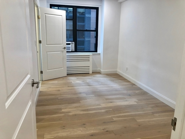 2 Bedrooms, Turtle Bay Rental in NYC for $4,345 - Photo 1