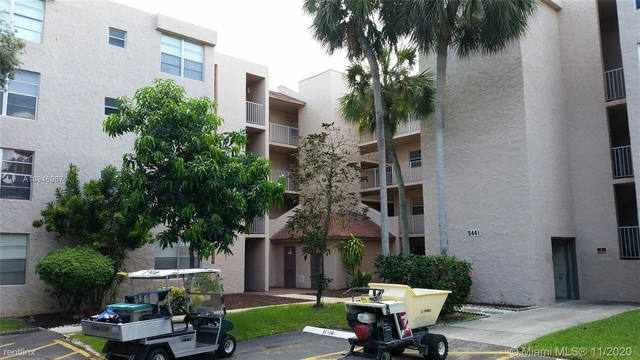 2 Bedrooms, Pine Island Ridge Rental in Miami, FL for $1,395 - Photo 1
