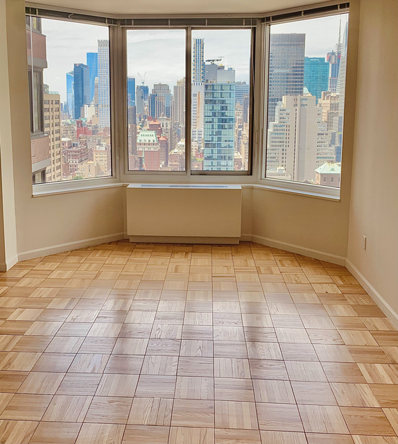 2 Bedrooms, Garment District Rental in NYC for $4,563 - Photo 1