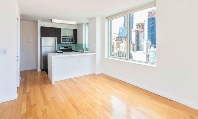 2 Bedrooms, Garment District Rental in NYC for $3,495 - Photo 1