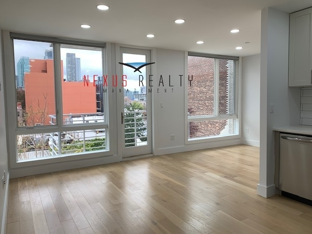 Studio, Astoria Rental in NYC for $2,000 - Photo 1