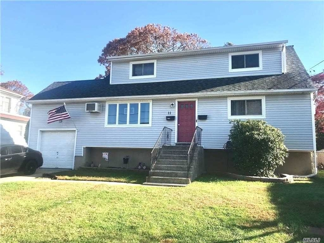 2 Bedrooms, West Babylon Rental in Long Island, NY for $1,900 - Photo 1
