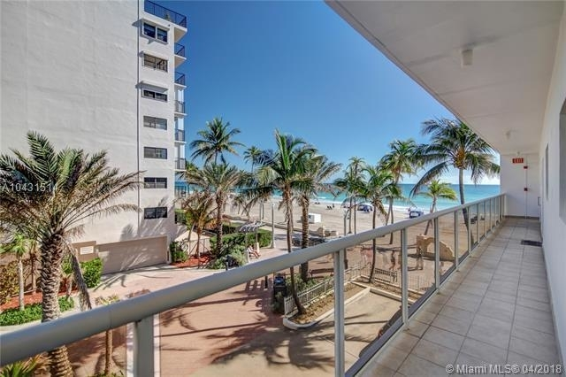 2 Bedrooms, Hollywood Rental in Miami, FL for $4,000 - Photo 1