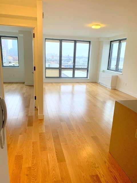 1 Bedroom, Hell's Kitchen Rental in NYC for $3,280 - Photo 1