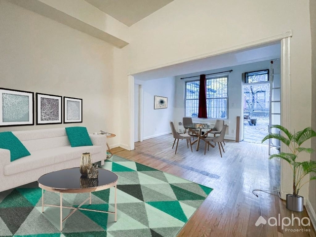 2 Bedrooms, Gramercy Park Rental in NYC for $2,300 - Photo 1