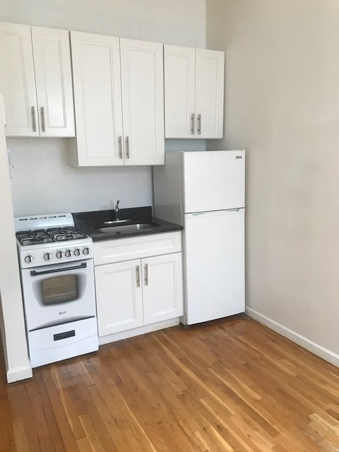1 Bedroom, Chelsea Rental in NYC for $1,695 - Photo 1