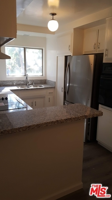 3 Bedrooms, South Robertson Rental in Los Angeles, CA for $2,950 - Photo 1
