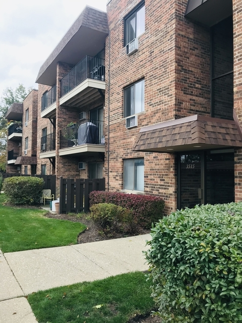 1 Bedroom, Maine Rental in Chicago, IL for $1,300 - Photo 1