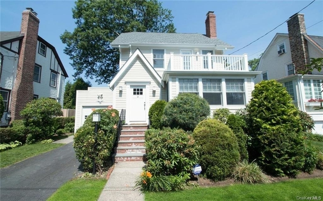 4 Bedrooms, Mamaroneck Rental in Long Island, NY for $7,400 - Photo 1