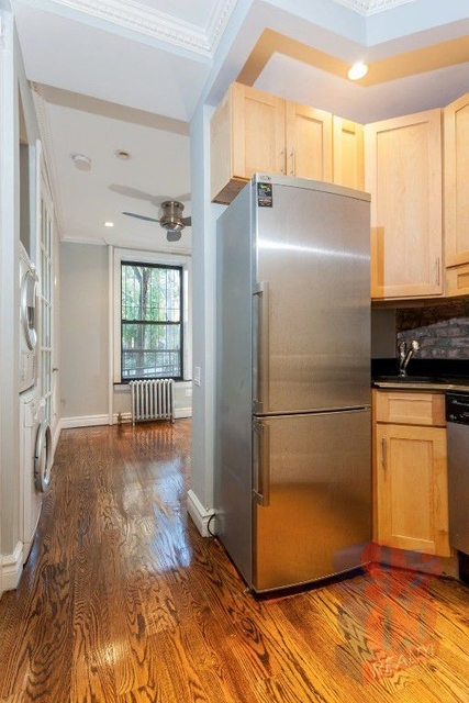 2 Bedrooms, Murray Hill Rental in NYC for $2,400 - Photo 1