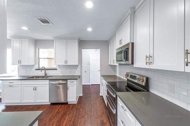 3 Bedrooms, West Memorial Rental in Houston for $1,825 - Photo 1
