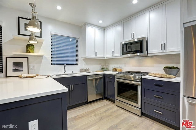 2 Bedrooms, Venice Beach Rental in Los Angeles, CA for $4,800 - Photo 1