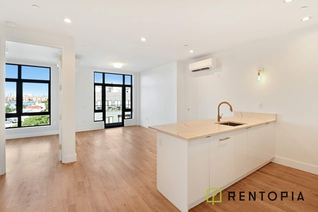 1 Bedroom, Greenpoint Rental in NYC for $2,731 - Photo 1