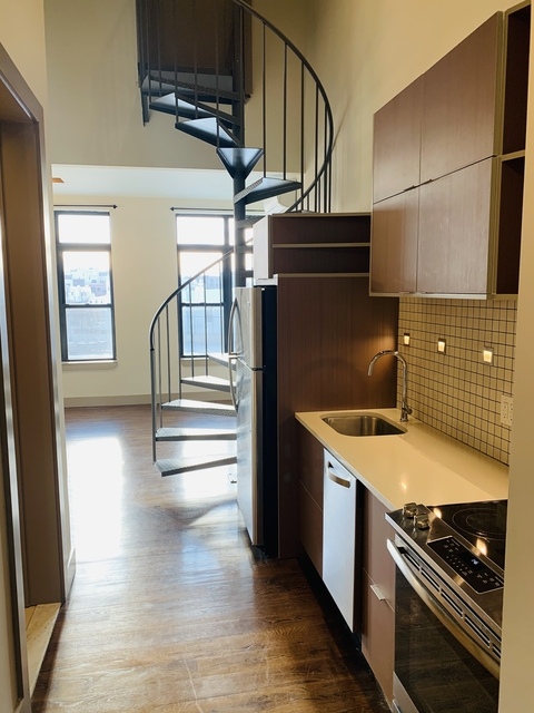 1 Bedroom, Greenpoint Rental in NYC for $2,600 - Photo 1