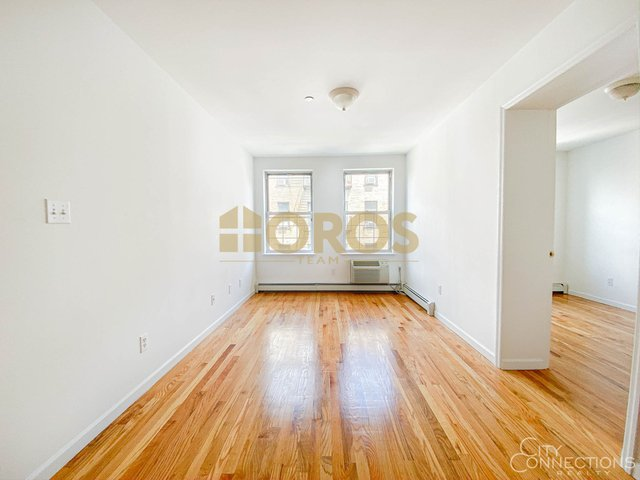 2 Bedrooms, Alphabet City Rental in NYC for $3,300 - Photo 1