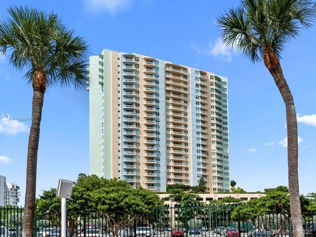 2 Bedrooms, Millionaire's Row Rental in Miami, FL for $3,200 - Photo 1