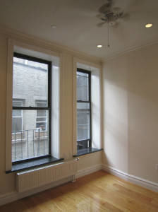 2 Bedrooms, East Village Rental in NYC for $3,246 - Photo 1