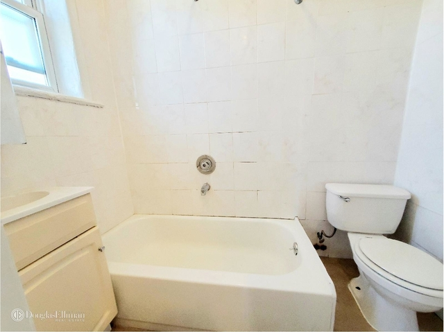 3 Bedrooms, Glendale Rental in NYC for $1,878 - Photo 1