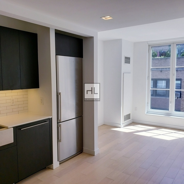 Studio, Hell's Kitchen Rental in NYC for $2,314 - Photo 1