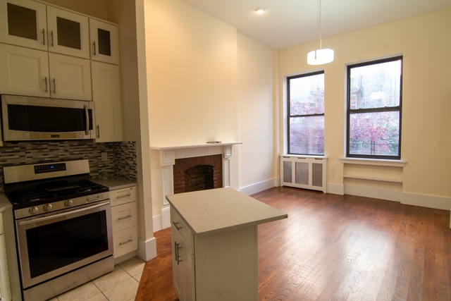 3 Bedrooms, Upper West Side Rental in NYC for $5,790 - Photo 1