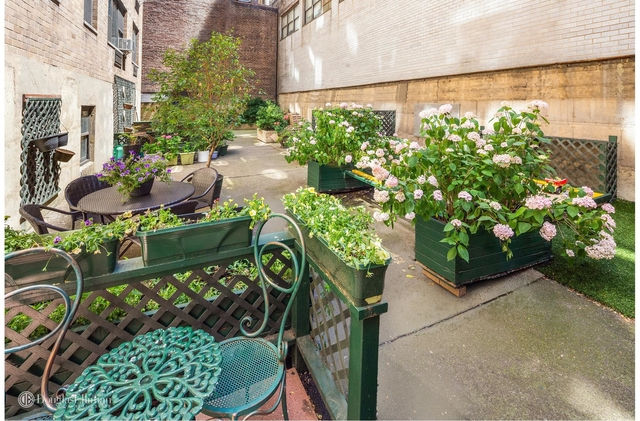 2 Bedrooms, Midtown East Rental in NYC for $4,000 - Photo 1