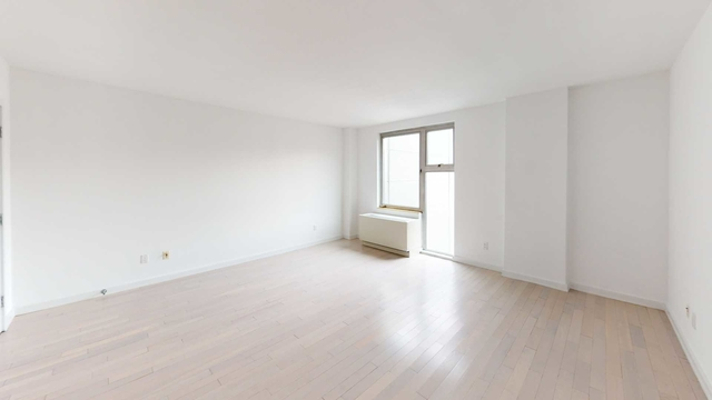 Studio, Williamsburg Rental in NYC for $2,333 - Photo 1