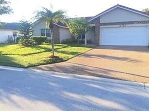 4 Bedrooms, Cypress Run Rental in Miami, FL for $3,025 - Photo 1