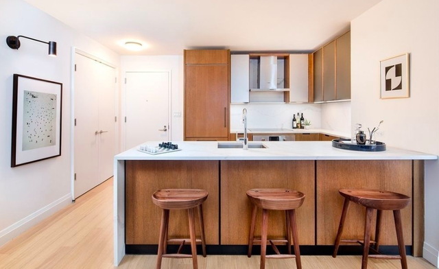 3 Bedrooms, Sutton Place Rental in NYC for $6,500 - Photo 1