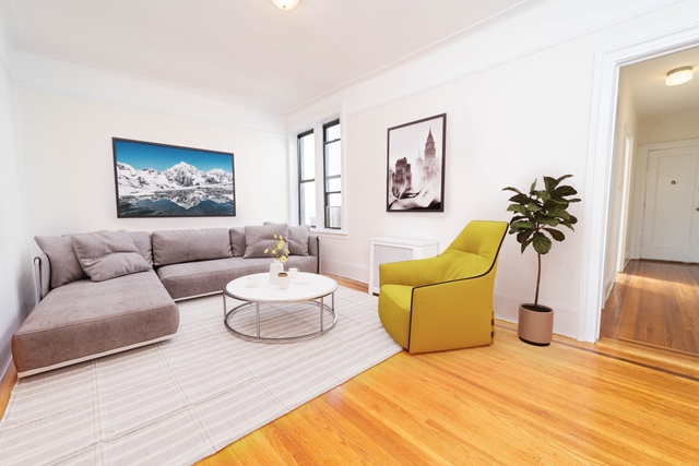2 Bedrooms, Astoria Rental in NYC for $1,800 - Photo 1