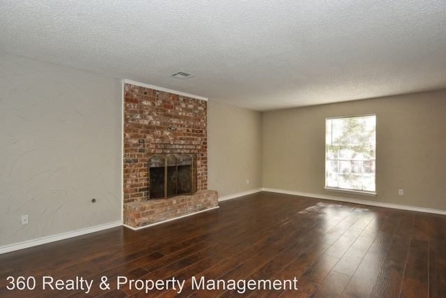 4 Bedrooms, Kingwood Rental in Houston for $1,700 - Photo 1