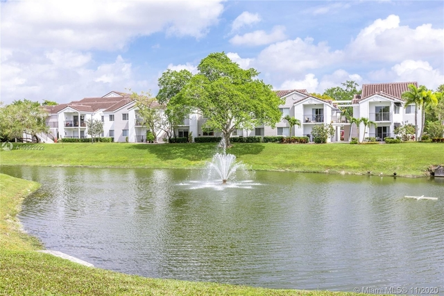 2 Bedrooms, Boca Entrada Rental in Miami, FL for $1,700 - Photo 1