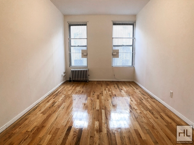 2 Bedrooms, Yorkville Rental in NYC for $1,650 - Photo 1