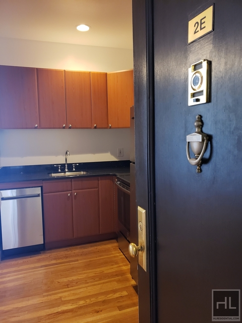 2 Bedrooms, West Village Rental in NYC for $3,857 - Photo 1
