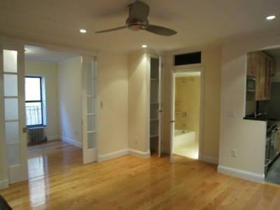 2 Bedrooms, Hell's Kitchen Rental in NYC for $2,413 - Photo 1