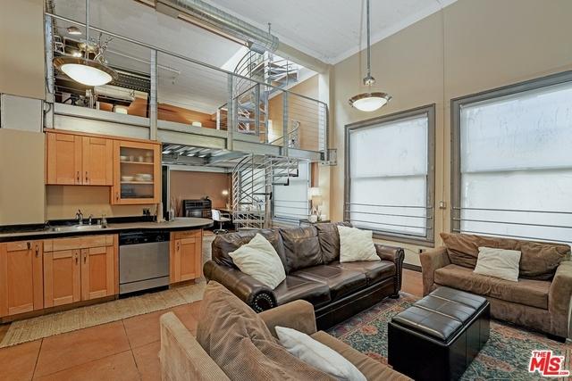 2 Bedrooms, Gallery Row Rental in Los Angeles, CA for $3,450 - Photo 1