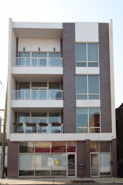 3 Bedrooms, Bucktown Rental in Chicago, IL for $5,400 - Photo 1