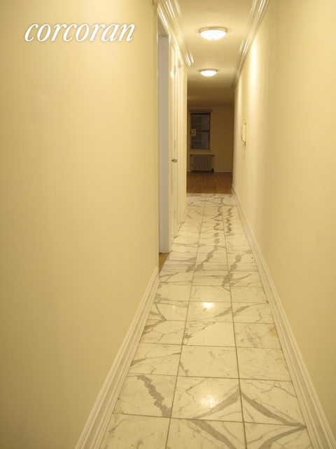 1 Bedroom, Lincoln Square Rental in NYC for $1,950 - Photo 1