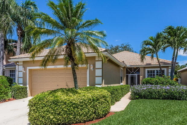 3 Bedrooms, Polo Trace Rental in Miami, FL for $2,405 - Photo 1